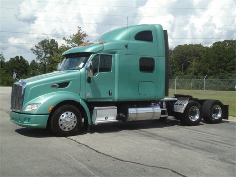 New PETERBILT 587 | Peach State Freightliner Dealership